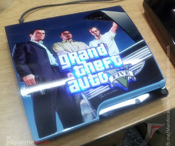playstation-3-casemod-6-grand-theft-auto-v-by-jriquelme