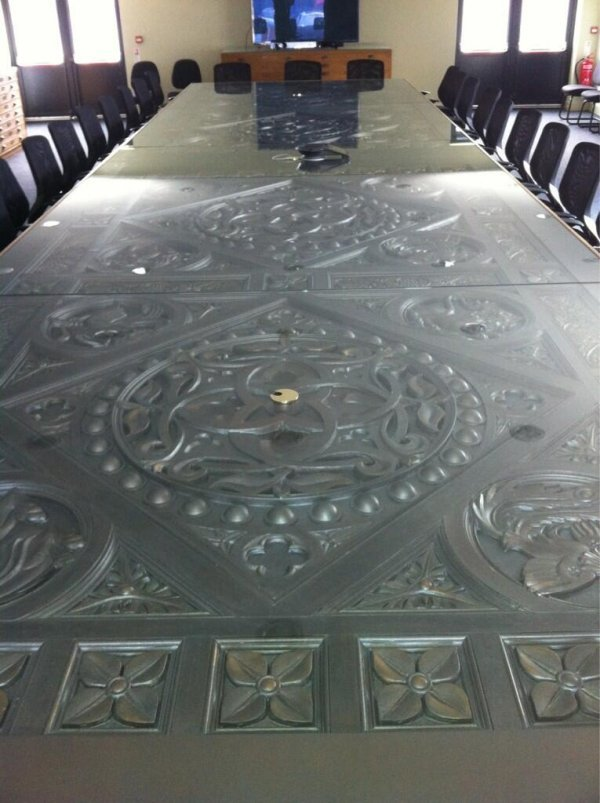 qarth table