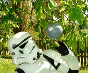 Death Star Birdhouse: That's No Nest