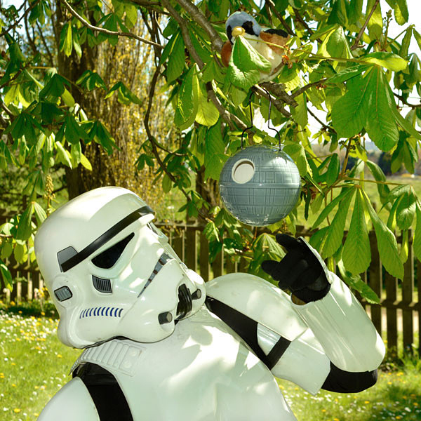 star-wars-death-star-birdhouse