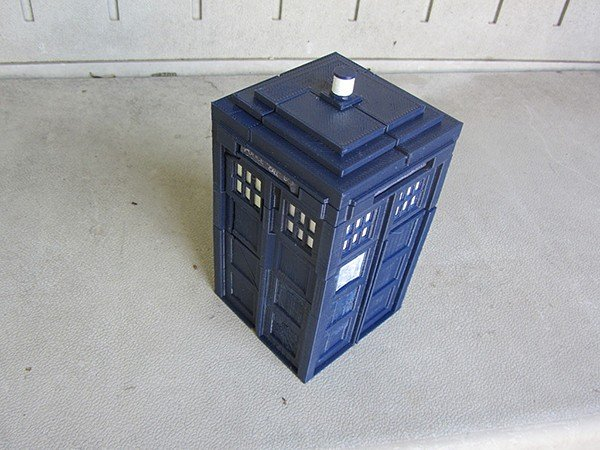 tardis-prime-transformer-toy-by-andrew-lindsey-3
