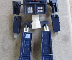 tardis prime transformer toy by andrew lindsey 6 300x250