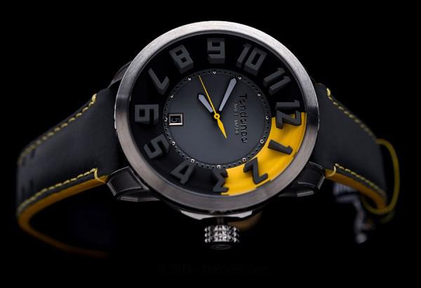 tendence watches gold black white yellow photo