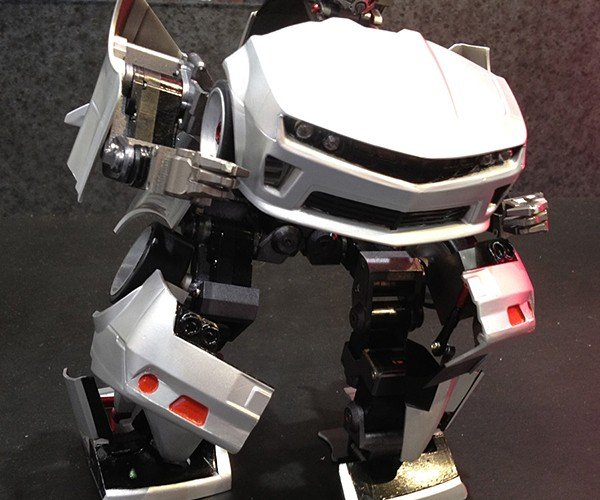 transforming-robot-remote-controlled-car-by-takara-tomy-4
