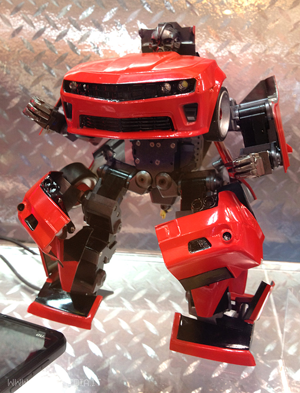 transforming-robot-remote-controlled-car-by-takara-tomy