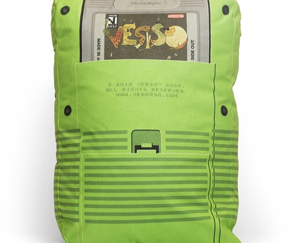 verso-game-boy-pillows-14