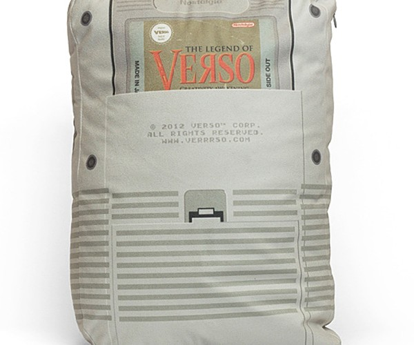 verso-game-boy-pillows-2