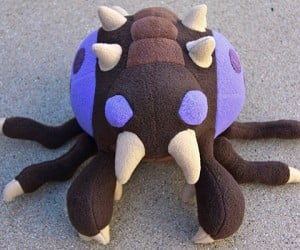 Zerg Overlord Plushie: Hug of the Swarm