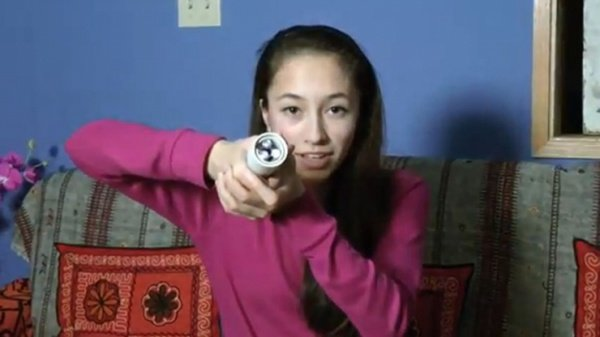 Teen Creates Flashlight Powered by the Heat of Your Hands