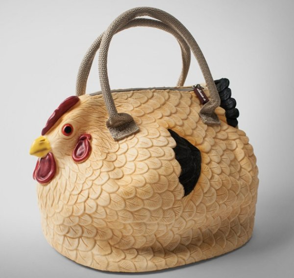 Clucktch Chicken Handbag Can Hold Your Golden Eggs and More - Technabob