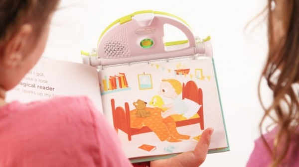 Sparkup Reader Lets Your Read to Your Child… Even When You're Not There