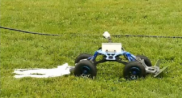 Tick Rover Robot Kills Ticks Dead - Technabob