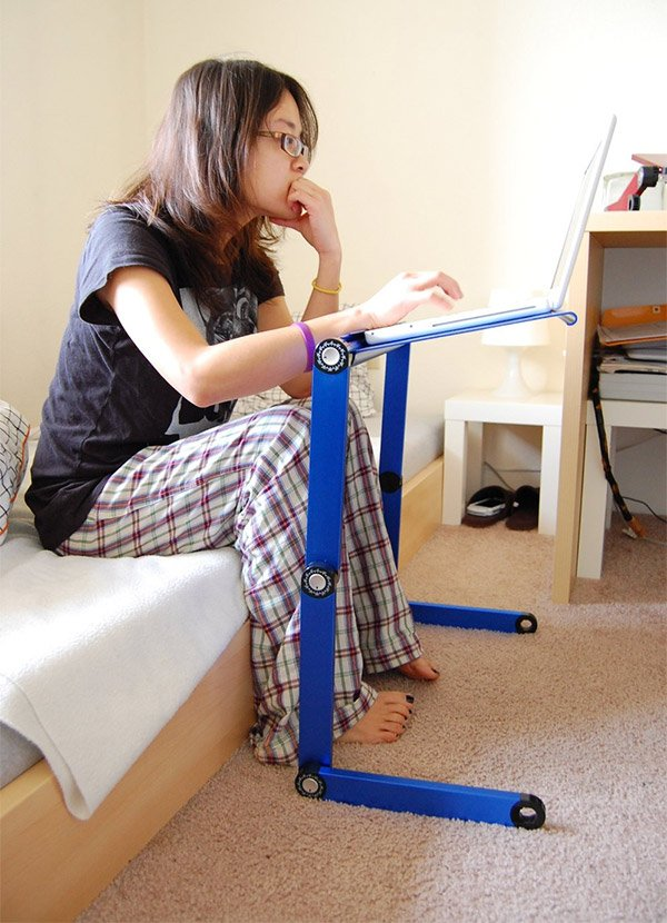 adjustable_laptop_stand_3