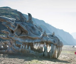 40 Foot Dragon Skull Shows up on a Beach