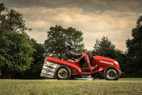 The Honda HF2620 Lawnmower: It's Probably Faster Than Your Car