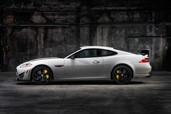 jaguar xkr-s gt supercar side photo