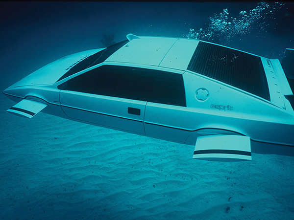 James Bond's Lotus Esprit Submarine Car to Be Auctioned off: More Than Meets the Spy