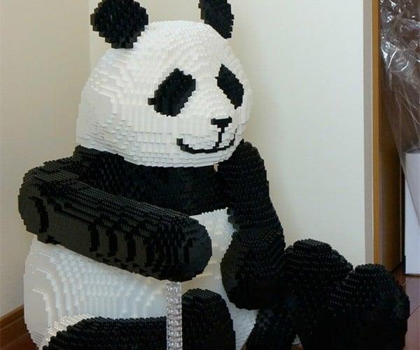 LEGO Panda Bear: Why Isn't This a Kit Yet?