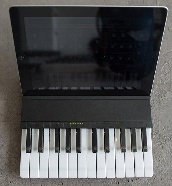 miselu_c_24_ipad_keyboard_1
