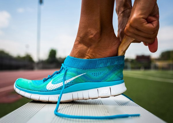 Nike Flyknit Free & Free Hyperfeel Knitted Shoes: Running Shoes That Fit Like a Sock