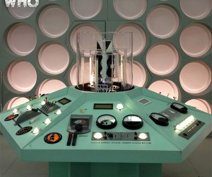 The First Doctor's TARDIS Set Amazingly Replicated