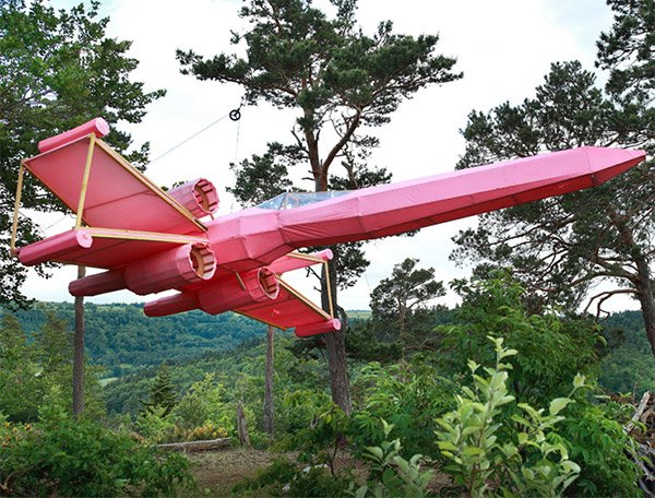 pink x wing fighter 1