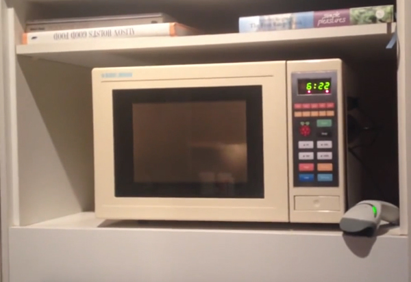 Microwave Supercharged with Raspberry Pi: Picrowave