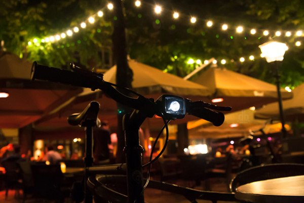 rydon pixio indiegogo bicycle light on photo