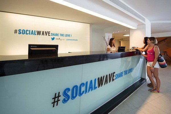 Stay @solwavehouse: The World's First Twitter Hotel