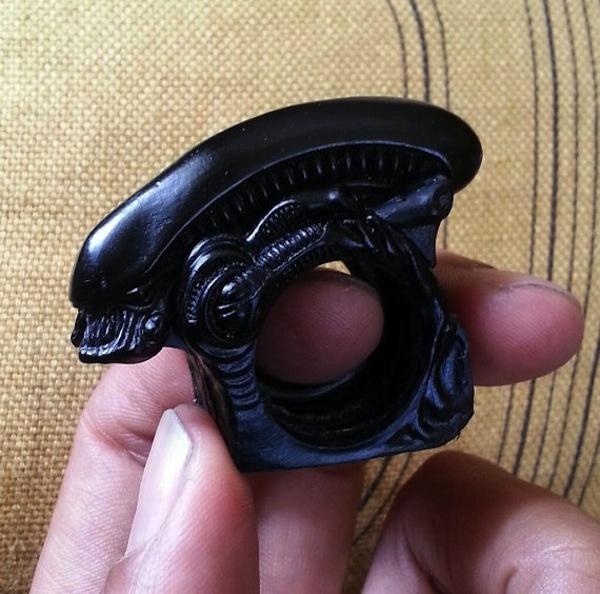 alien brass knuckles
