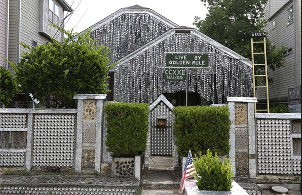 Houston House Covered in 50,000 Beer Cans, More Than 99 Bottles of Beer on the Wall