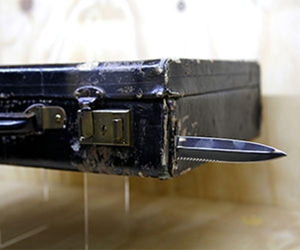blade suitcase
