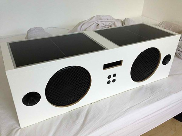 DIY Solar-powered Boombox: The Boominator