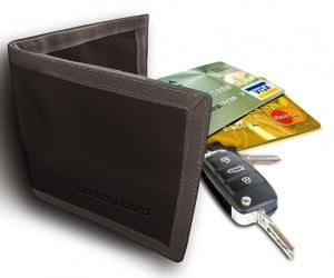 das keyboard hackshield bags and wallet 8 300x250