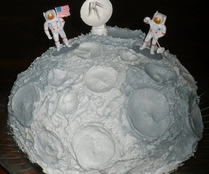 Lunar Landing Cake: That's One Small Step for Chocolate, One Giant Leap for Buttercream