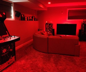 philips hue whole room red 300x250