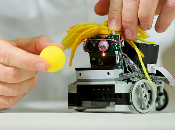 pixy-camera-vision-sensor-by-charmed-labs-and-cmu