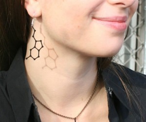 3d printed molecule jewelry by mixee labs 3 300x250