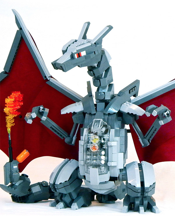 LEGO Mecha Charizard zoom