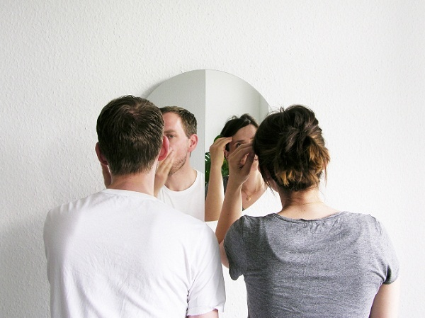 Mirror 180: One Mirror, Two Reflections