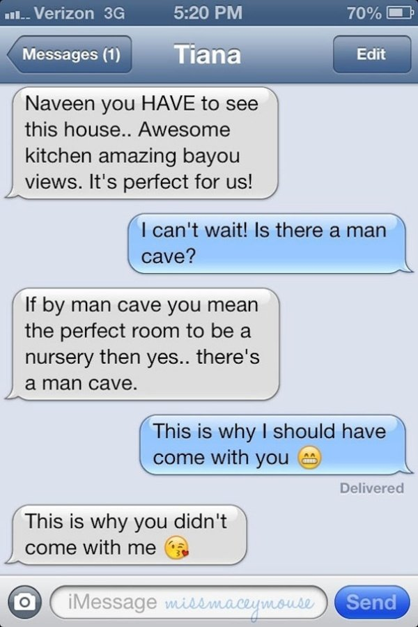 Texting Disney Princesses9