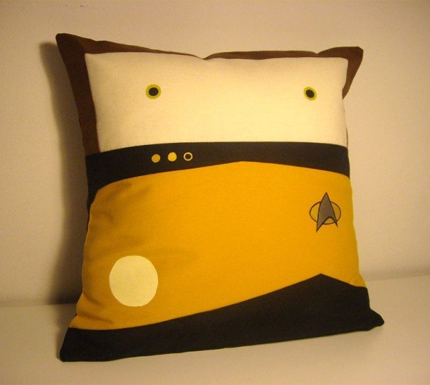 data tng pillow 620x555