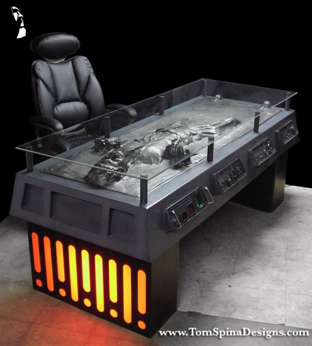 han_solo_carbonite_desk_2