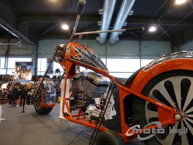 huge motorcycle2