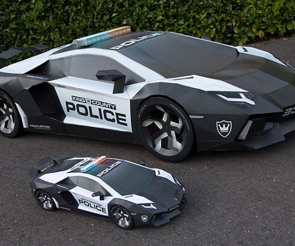 This Lamborghini Aventador Is Made from Cardboard and Paper