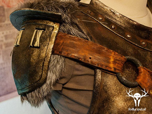 skyrim-replica-armor-and-weapons-by-folkenstal-5