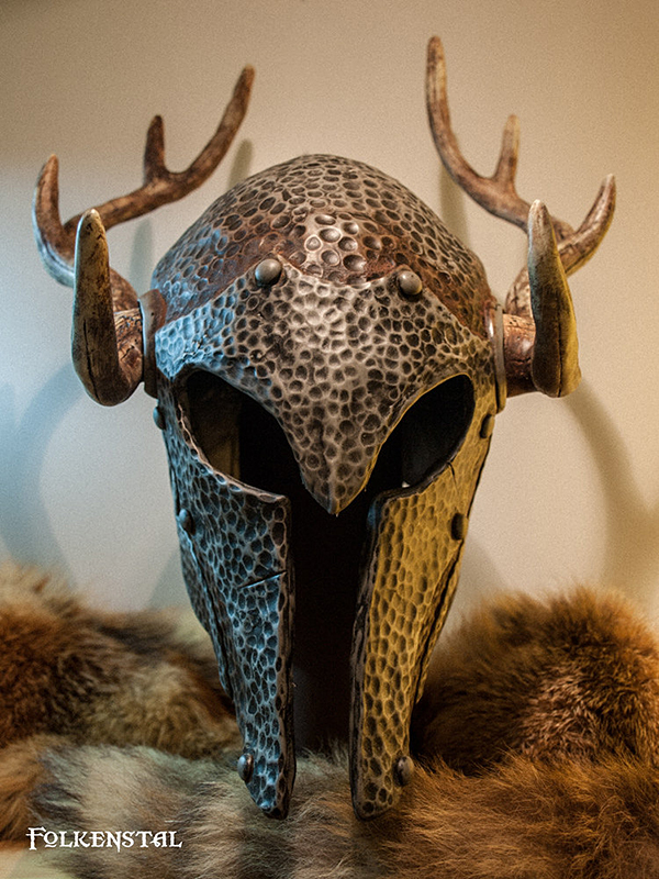 skyrim-replica-armor-and-weapons-by-folkenstal