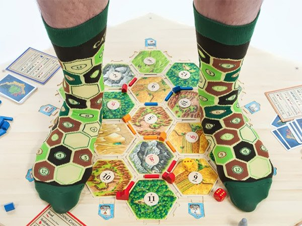 socks of catan 1