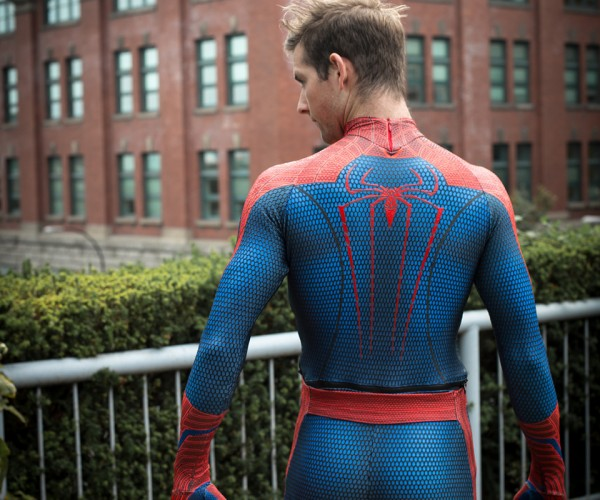 spider-man-peter-parker-cosplay-by-todd-whalen-and-meg-super-photography-4