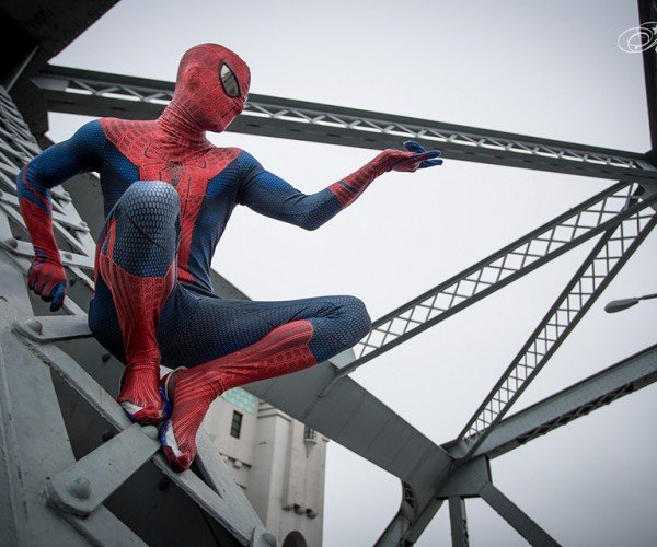 spider-man-peter-parker-cosplay-by-todd-whalen-and-meg-super-photography-6